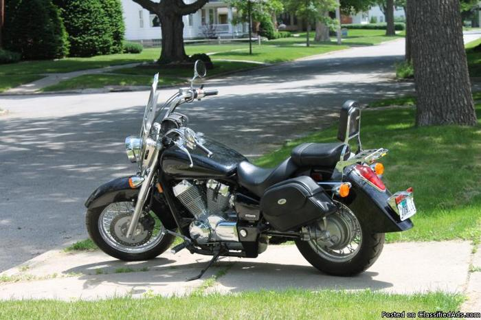 2004 honda 750 shadow motorcycle for sale in hampton iowa classified. Black Bedroom Furniture Sets. Home Design Ideas