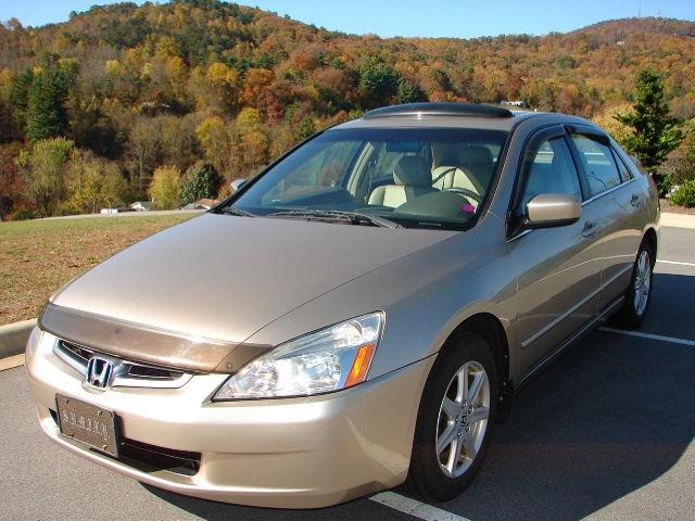 2004 honda accord ex l gold 2004 honda accord ex car for sale in asheville nc 4365446950. Black Bedroom Furniture Sets. Home Design Ideas