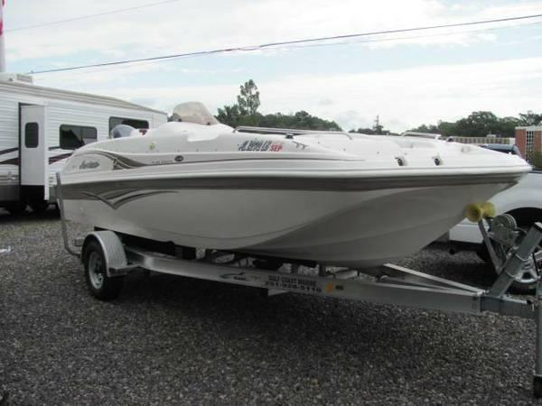 2004 Hurricane SS 188 GS 188 Deck Boat 18 - Stop