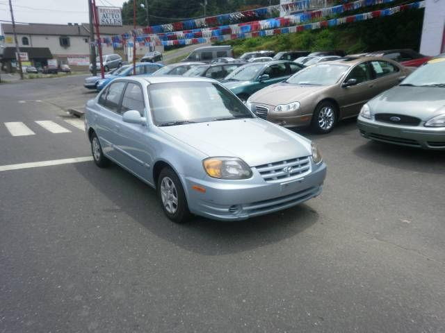 2004 hyundai accent gl for sale in waterbury connecticut. Black Bedroom Furniture Sets. Home Design Ideas