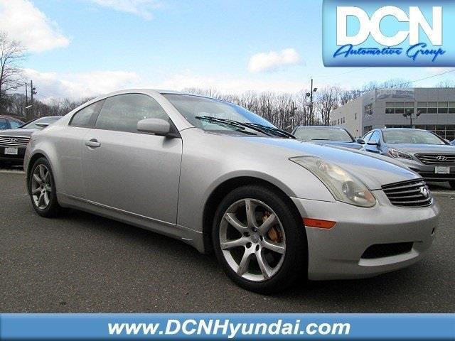 2004 INFINITI G35 Base RWD 2dr Coupe w/Leather