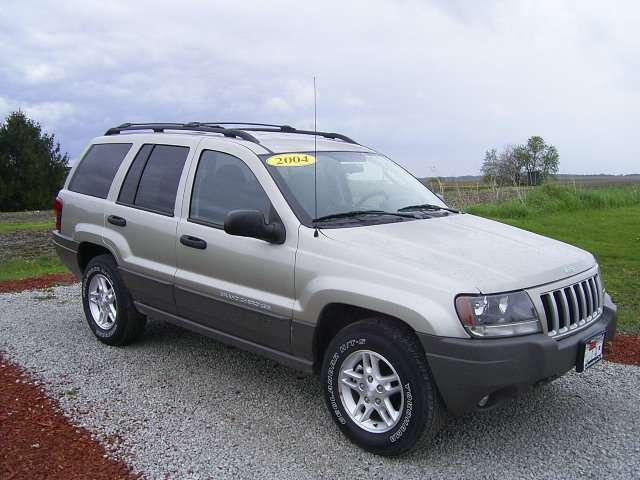 2004 jeep grand cherokee laredo for sale in aledo illinois classified. Black Bedroom Furniture Sets. Home Design Ideas