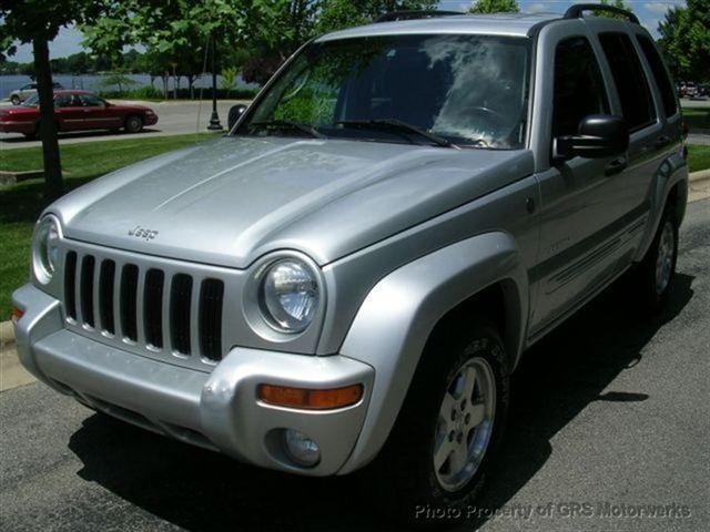 2004 jeep liberty limited for sale in warsaw indiana. Black Bedroom Furniture Sets. Home Design Ideas