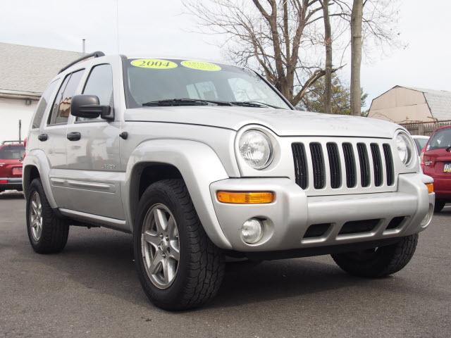 2004 jeep liberty limited edition hatboro pa for sale in hatboro pennsylvania classified. Black Bedroom Furniture Sets. Home Design Ideas
