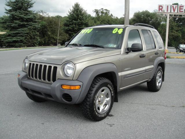 2004 jeep liberty sport for sale in duncansville pennsylvania classified. Black Bedroom Furniture Sets. Home Design Ideas