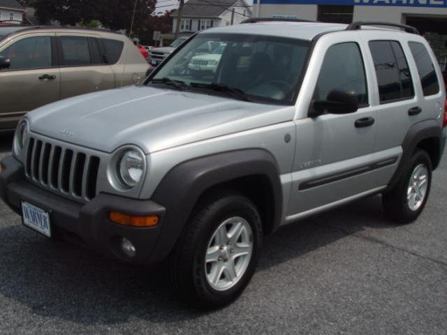 2004 jeep liberty sport for sale in hummelstown pennsylvania classified. Black Bedroom Furniture Sets. Home Design Ideas