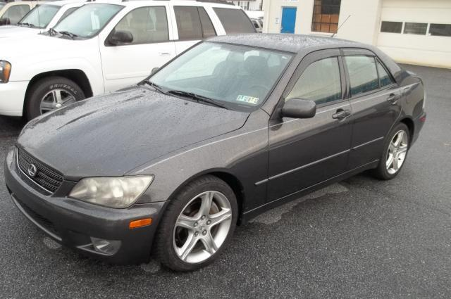 2004 lexus is 300 for sale in hummelstown pennsylvania classified. Black Bedroom Furniture Sets. Home Design Ideas