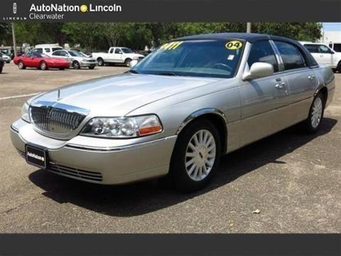 2004 lincoln town car 4 door sedan for sale in clearwater florida classified. Black Bedroom Furniture Sets. Home Design Ideas
