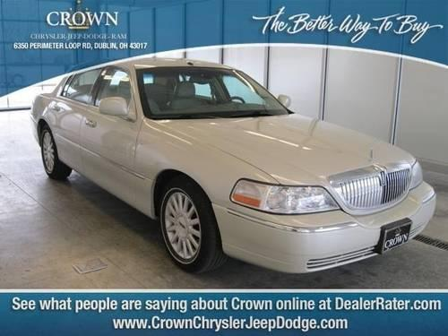 2004 Lincoln Town Car 4dr Car Ultimate For Sale In Dublin Ohio