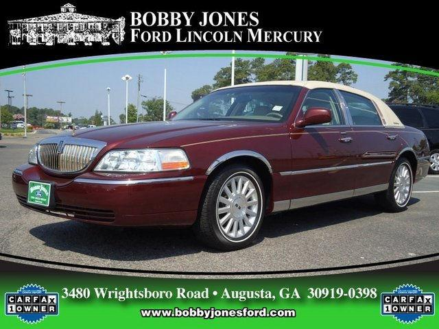 2004 lincoln town car for sale in augusta georgia classified. Black Bedroom Furniture Sets. Home Design Ideas