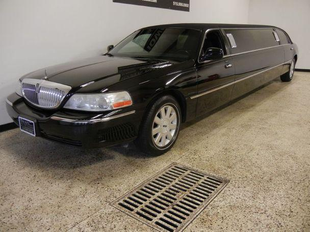 2004 lincoln town car limousine for sale in grimes iowa classified. Black Bedroom Furniture Sets. Home Design Ideas