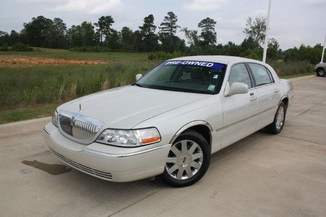 2004 lincoln town car ultimate for sale in texarkana texas classified. Black Bedroom Furniture Sets. Home Design Ideas