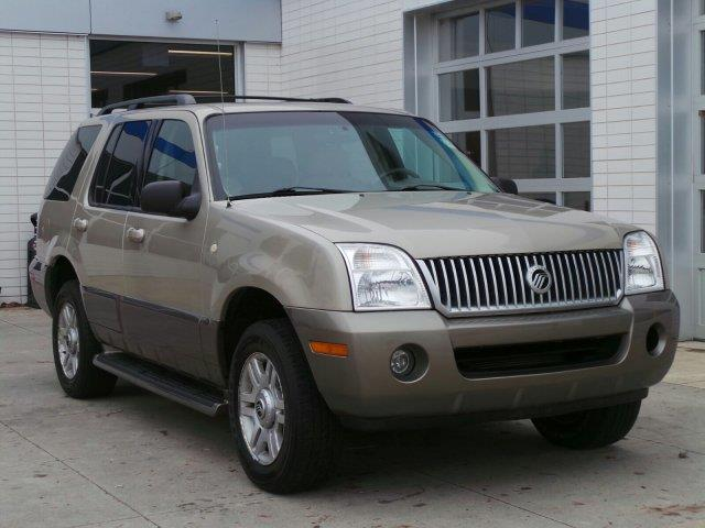 2004 mercury mountaineer base awd 4dr suv for sale in meskegon michigan classified. Black Bedroom Furniture Sets. Home Design Ideas