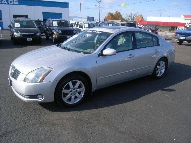 2004 nissan maxima 4dr sedan 3 5 for sale in medford. Black Bedroom Furniture Sets. Home Design Ideas
