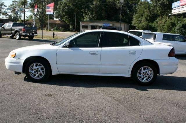 2004 Pontiac Grand Am SE 1
