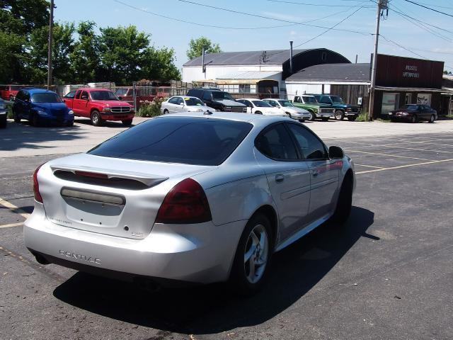 2004 pontiac grand prix gtp for sale in dayton indiana classified. Black Bedroom Furniture Sets. Home Design Ideas