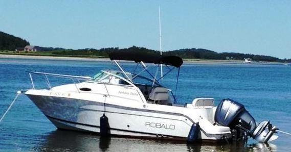 2004 Robalo R225 Wa For Sale In Peabody  Massachusetts