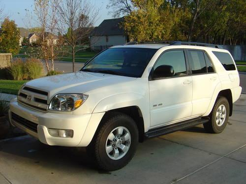 2004 toyota 4runner sr5 4wheel drive immaculate v6 towing auto for sale in wichita kansas. Black Bedroom Furniture Sets. Home Design Ideas