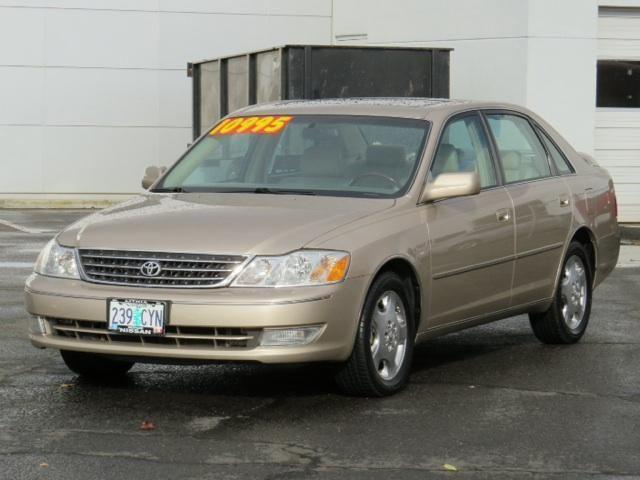 2004 toyota avalon 4 door sedan for sale in medford oregon classified. Black Bedroom Furniture Sets. Home Design Ideas