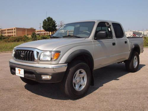 2004 toyota tacoma pickup truck sr5 4x4 for sale in knoxville tennessee classified. Black Bedroom Furniture Sets. Home Design Ideas