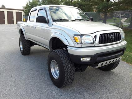 2004 toyota tacoma sr5 crew cab trd 4x4 for sale in new albany ohio classified. Black Bedroom Furniture Sets. Home Design Ideas