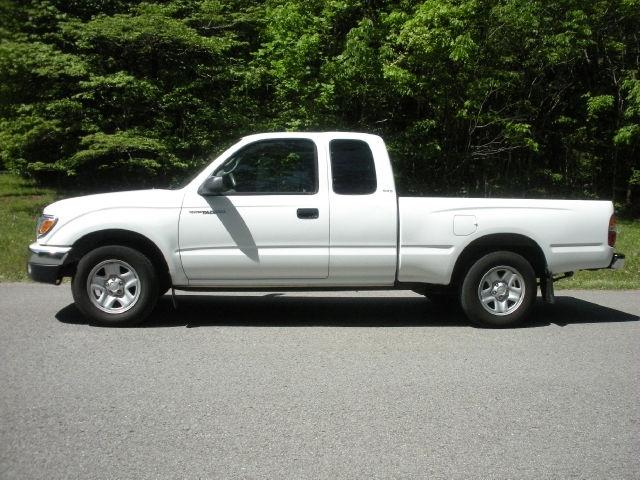 2004 toyota tacoma xtracab for sale in mount juliet tennessee classified. Black Bedroom Furniture Sets. Home Design Ideas