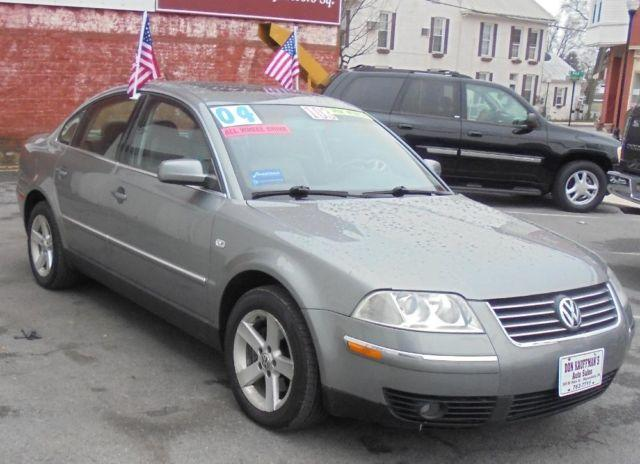 2004 Volkswagen Passat GLX V6 4 Motion (AWD), like new,