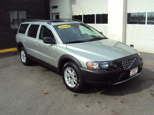 2004 volvo xc70 for sale in east greenbush new york classified. Black Bedroom Furniture Sets. Home Design Ideas