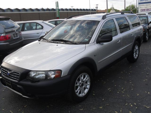 2004 volvo xc70 for sale in overland park kansas. Black Bedroom Furniture Sets. Home Design Ideas