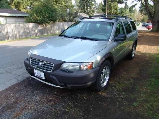 2004 volvo xc70 cross country for sale in seattle. Black Bedroom Furniture Sets. Home Design Ideas