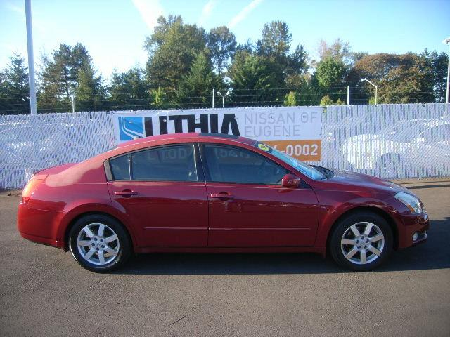 2004 nissan maxima for sale in eugene oregon classified. Black Bedroom Furniture Sets. Home Design Ideas