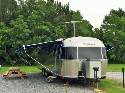 2005 airstream classic 31 39 like new for sale in bay for Moss motors buy here pay here