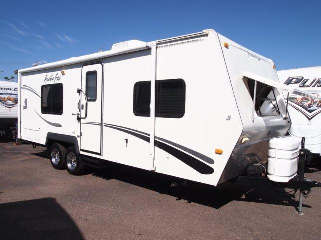 2005 Arctic Fox 25s All Weather 4 Season Travel Trailer