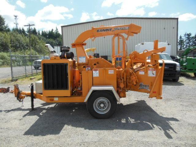 2005 Bandit 1590 drum chipper Stock 14-033 Pending Sale