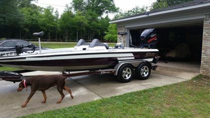 2005 Blazer 202 Pro V Bass Boat