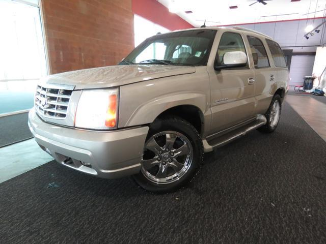 2005 cadillac escalade base awd 4dr suv for sale in saint. Black Bedroom Furniture Sets. Home Design Ideas