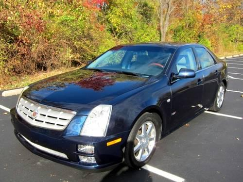 2005 cadillac sts v8 excellent condition for sale in symmes township ohio classified. Black Bedroom Furniture Sets. Home Design Ideas