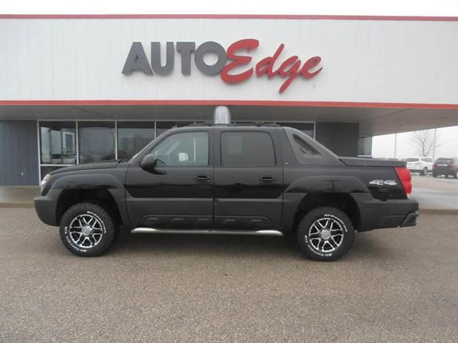 2005 chevrolet avalanche 2500 ls 4dr 2500 ls 4wd crew cab sb for sale in central heights iowa. Black Bedroom Furniture Sets. Home Design Ideas