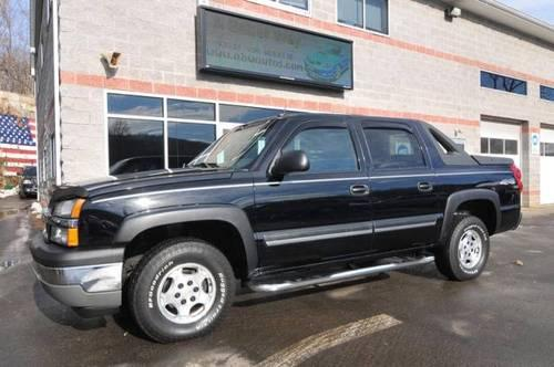 2005 chevrolet avalanche pickup truck for sale in naugatuck connecticut classified. Black Bedroom Furniture Sets. Home Design Ideas
