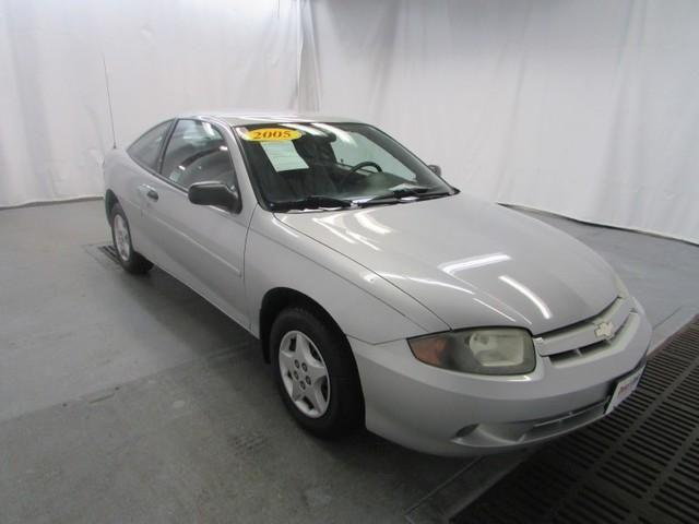 2005 chevrolet cavalier coupe base for sale in davenport iowa classified. Black Bedroom Furniture Sets. Home Design Ideas
