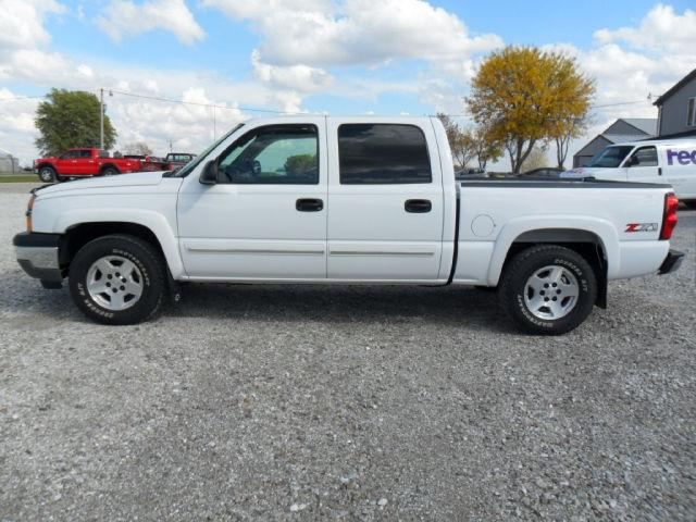 2005 chevrolet silverado 1500 z71 crew cab for sale in edina missouri classified. Black Bedroom Furniture Sets. Home Design Ideas