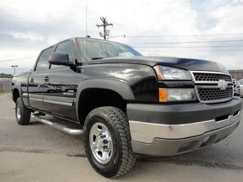 2005 chevrolet silverado 2500hd pickup truck crew cab 4wd 153wb ls for sale in guthrie north. Black Bedroom Furniture Sets. Home Design Ideas