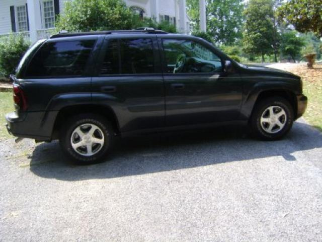 2005 chevrolet trailblazer ls for sale in edgefield south carolina classified. Black Bedroom Furniture Sets. Home Design Ideas