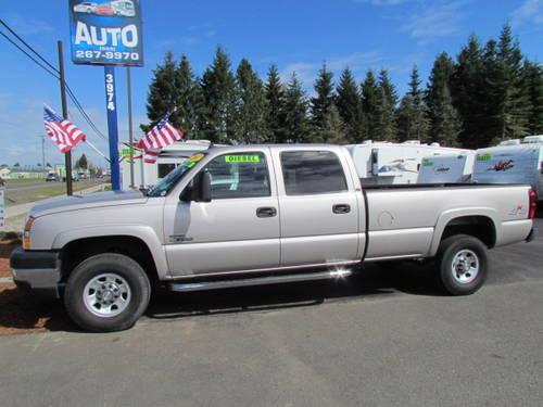 2005 chevy 3500 duramax crew cab 4x4 leather loaded 85k. Black Bedroom Furniture Sets. Home Design Ideas