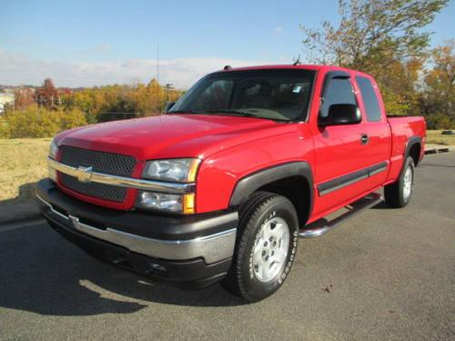 2005 chevy silverado ext cab 4x4 z71 heated leather bose sound for sale in fayetteville. Black Bedroom Furniture Sets. Home Design Ideas