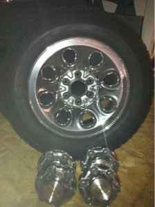 2005 chevy wheels  tires - $350 Lawrence