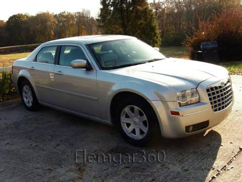 2005 chrysler 300 touring 1 owner super clean for sale in. Black Bedroom Furniture Sets. Home Design Ideas