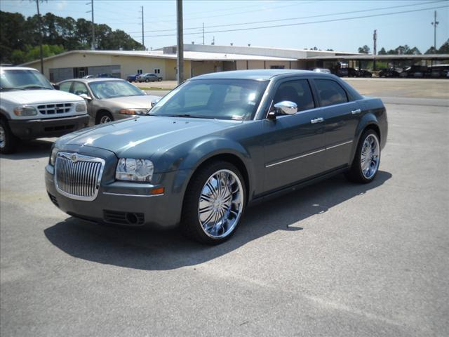 2005 chrysler 300 touring for sale in pascagoula. Black Bedroom Furniture Sets. Home Design Ideas