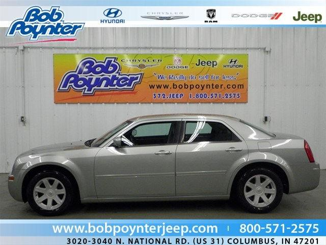 2005 chrysler 300 touring for sale in columbus indiana. Black Bedroom Furniture Sets. Home Design Ideas