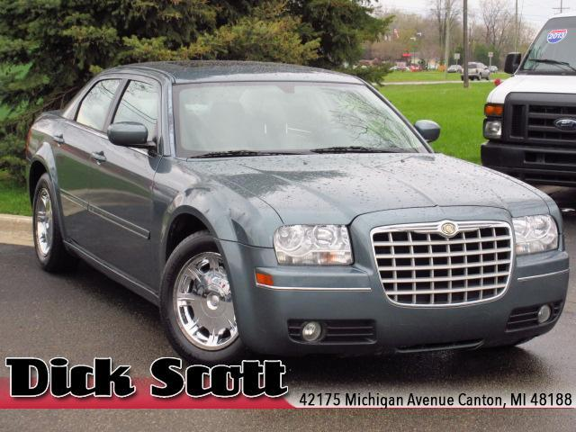 2005 chrysler 300 touring canton mi for sale in canton. Black Bedroom Furniture Sets. Home Design Ideas